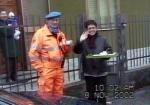 08-11-2001_evacuazione_scuole_13