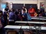 08-11-2001_evacuazione_scuole_24
