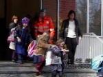 08-11-2001_evacuazione_scuole_26